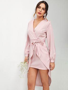 Асиметричное платье с запахом и с поясом