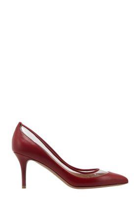 Красные туфли с прозрачной вставкой