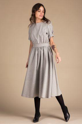 Платье Черешня из хлопка и льна серого цвета с открытой спиной (42-44)