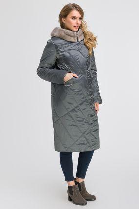 Стеганое длинное пальто с норкой на большой размер