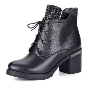 Черные ботильоны из кожи на шнуровке