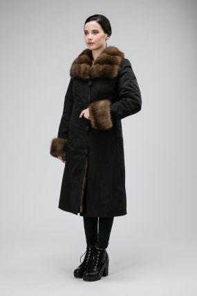 Теплое женское пальто на меху из Италии