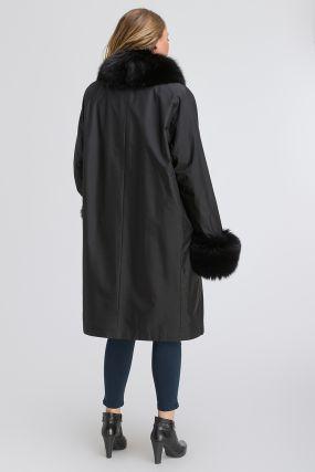 Зимнее пальто на кроличьей подстежке с мехом песца