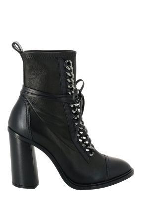 Черные полусапоги на каблуке