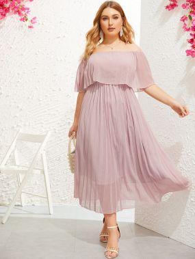 Плиссированное платье размера плюс с открытыми плечами