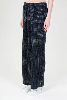 Черные брюки с узором в горох