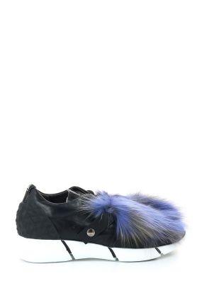 Черные кроссовки с мехом