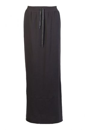 Длинная юбка черного цвета