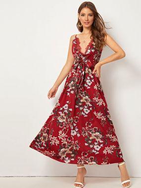 Платье с кружевной отделкой, цветочным принтом и поясом