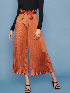 Плиссированные атласные брюки с поясом