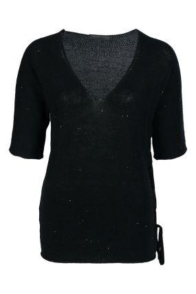 Черный пуловер с короткими рукавами