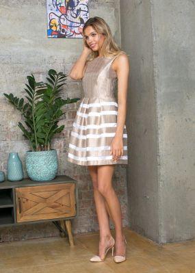 Короткое платье с юбкой в полоску VE009