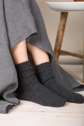 Носки из ангоры SPARKLE темно-серого цвета (36-42)