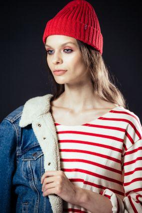 Хлопковая шапка LEVIS красного цвета (One Size)