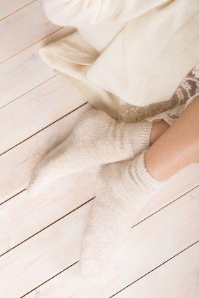 Носки из ангоры SPARKLE  бежевого цвета (36-42)