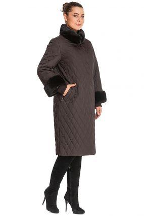 Стеганое пальто на верблюжьей шерсти с мехом норки