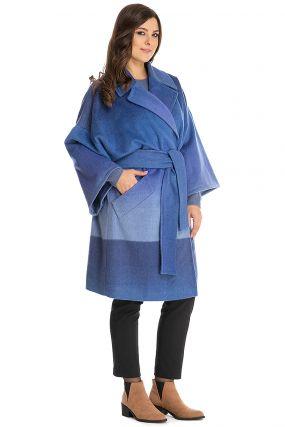 Стильное пальто-халат с английским воротником