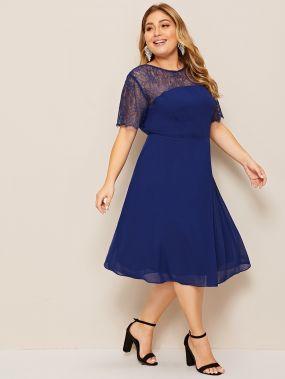Кружевное платье размера плюс с v-образной спинкой