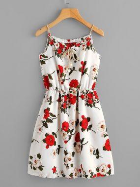 Размер плюс платье на бретелях с цветочным принтом и узлом