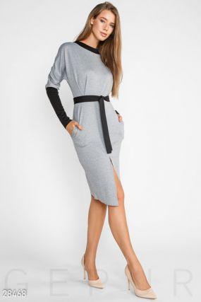 Деловое платье-реглан