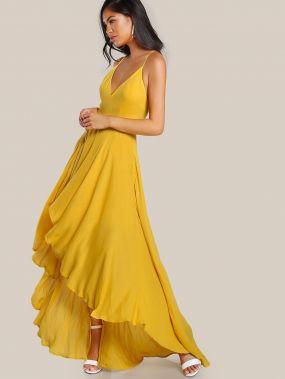 Модное асимметричное платье на бретельках с открытой спиной