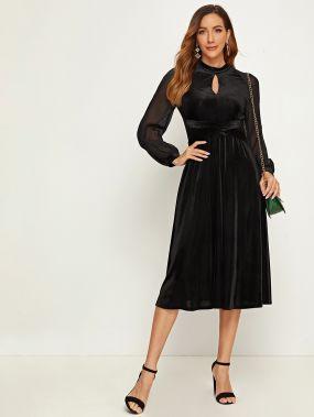 Вязаное бархатое платье с сетчатым рукавом и застежкой
