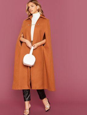 Пальто-пончо с пуговицами и цепочкой