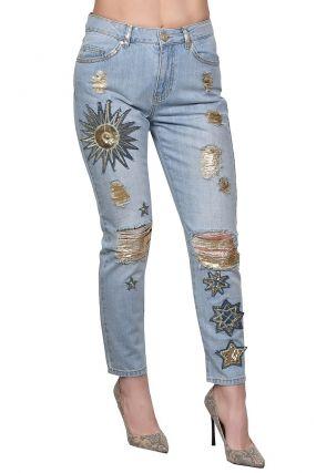 Голубые джинсы с золотистой отделкой