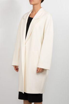 Молочно-белое пальто-кокон