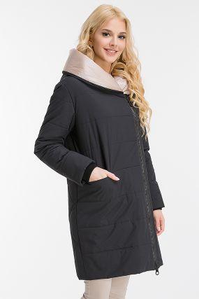 Утепленное итальянское пальто средней длины с капюшоном