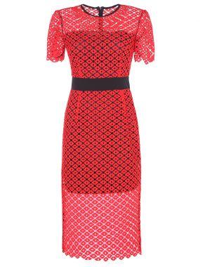 Платье с шитьем