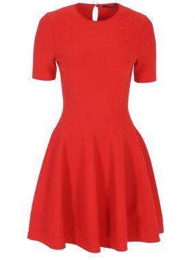 Расклешенное платье с узором