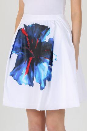 Белая мини–юбка с узором