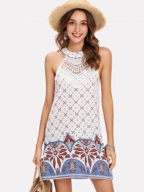 Платье с открытой спиной и с рисунками геометрий