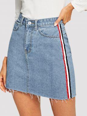 Выбеленная джинсовая юбка с полосами и необработанным краем