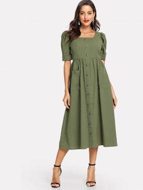 Платье-клёш на пуговицах с пышными рукавами