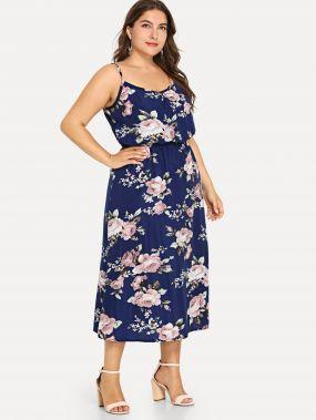 Большое платье с рисунком пальмы и с открытыми плечами