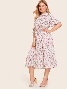 Цветочное платье размера плюс с поясом