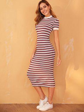 Облегающее трикотажное платье в полоску