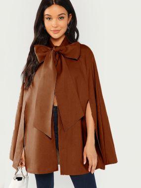 Пальто-пончо с завязкой и разрезным сзади