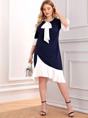 Контрастное платье с многослойным рукавом размера плюс
