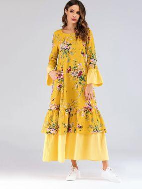 Накрахмаленное длинное платье с оборкой на рукавах и цветочным принтом
