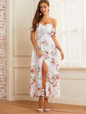 Платье с разрезом, цветочным принтом и открытым плечом