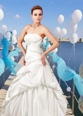 Свадебное платье с фантазийной юбкой NPV009