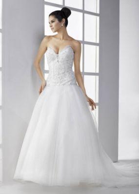 Свадебное платье с расшитым верхом NPV021