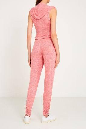 Розовый комбинезон с драпировками