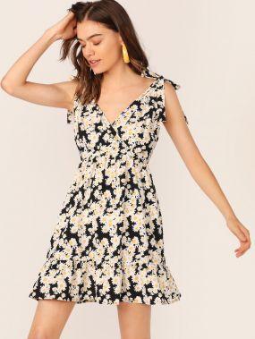Платье с оборкой, цветочным принтом и узлом на плече