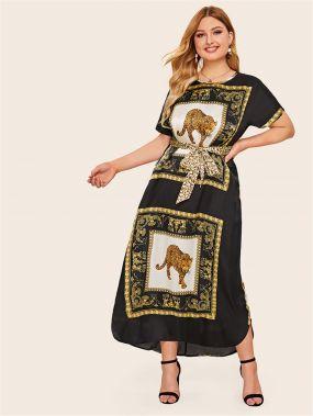 Длинное платье размера плюс со смешанным принтом и поясом