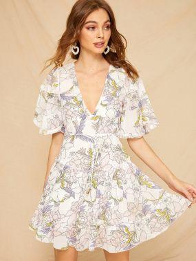 Платье с цветочным принтом и v-образной спинкой