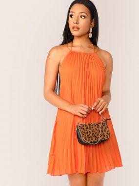 Неоновое платье с халтером